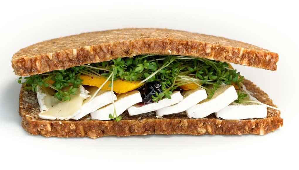 Sandwich Exotique au Camembert